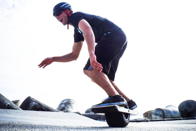 onewheel electric skateboard lifestyle image 19