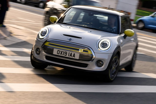 2020 mini cooper se electric city car specs range and price p90357233 highres the new