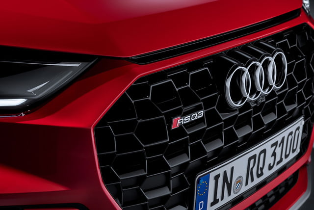 2020 audi rs q3 sportback keep five cylinder engine rsq3 000012