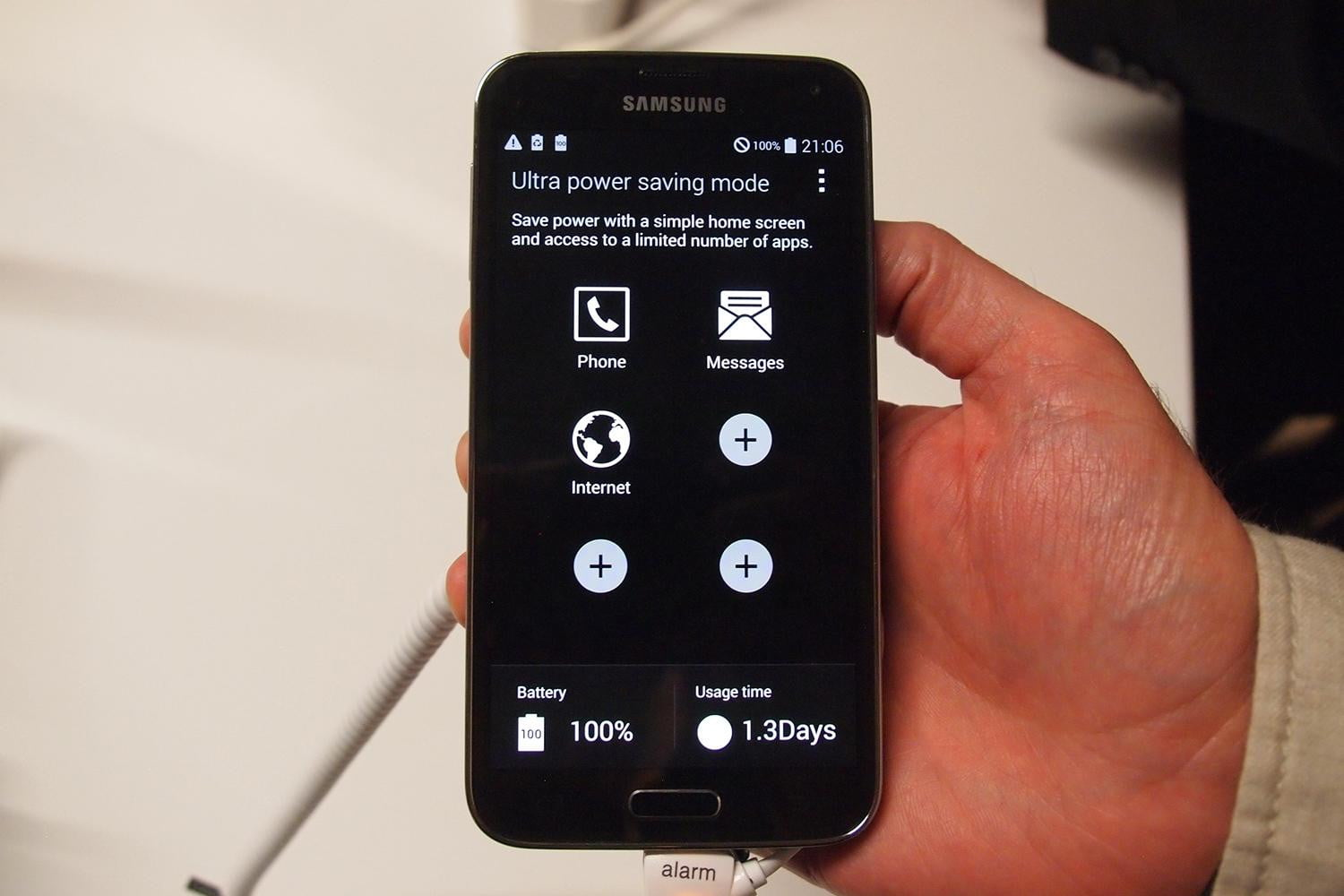 how to change home screen on galaxy s5 mini
