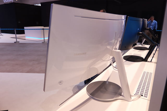 samsung gaming monitors ifa 2016 samsungcf791 06