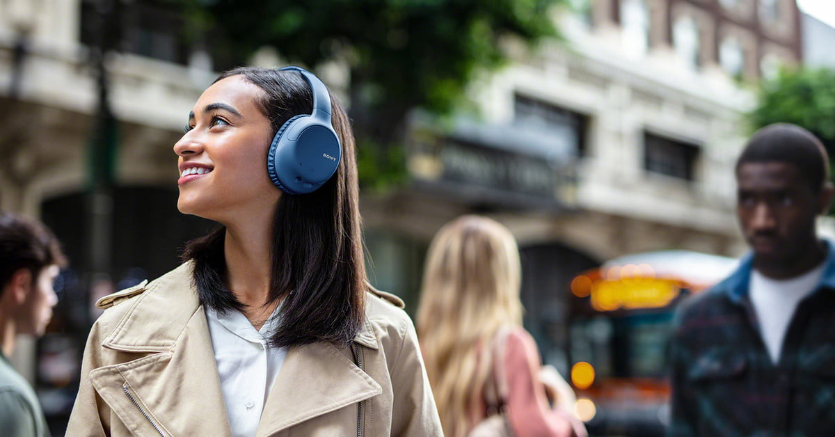 These Sony noise-canceling headphones are $88 for Cyber Monday