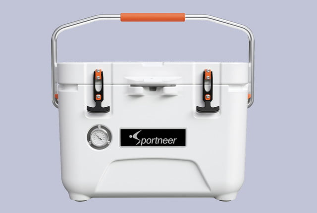 sportneer portable 5 day cooler with a temperature gauge 00
