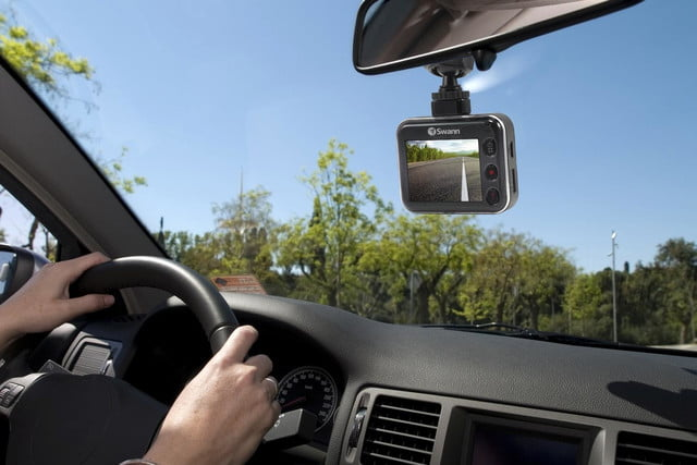 swann driveeye ultra dash cam auto locks up to protect footage in case of crash 6