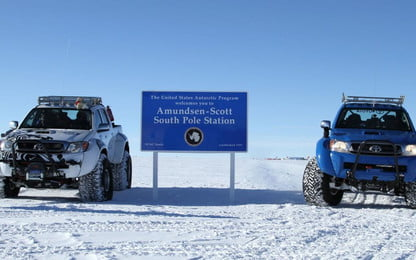 Toyota Hilux uses jet fuel to reach Antarctica | Digital Trends