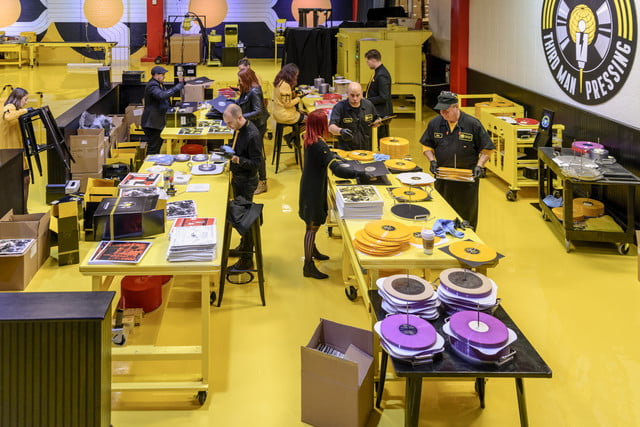 wide-shot-of-vinyl-records-production-alternative-angle