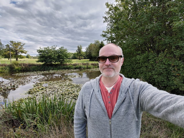 asus zenfone 7 pro review wide angle selfie