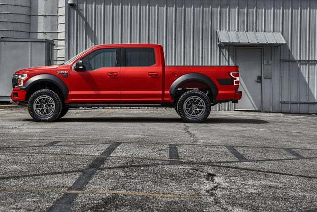 ford f 150 paquete todoterreno rtr 2019 1 4 700x467 c