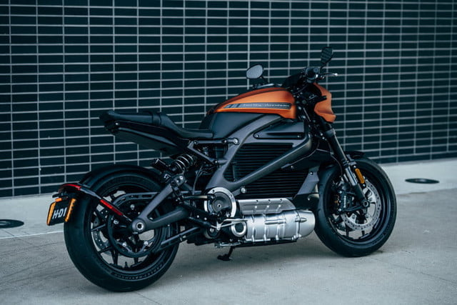 harley davidson electrica ces 2019 livewire 24 700x467 c