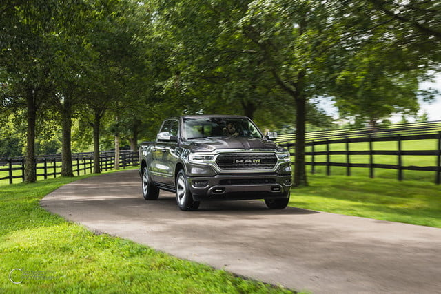 ram 1500 etorque 2019 mpg combustible first drive review 14 700x467 c