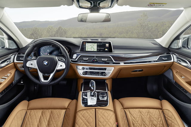 bmw serie 7 2020 official 14 700x467 c