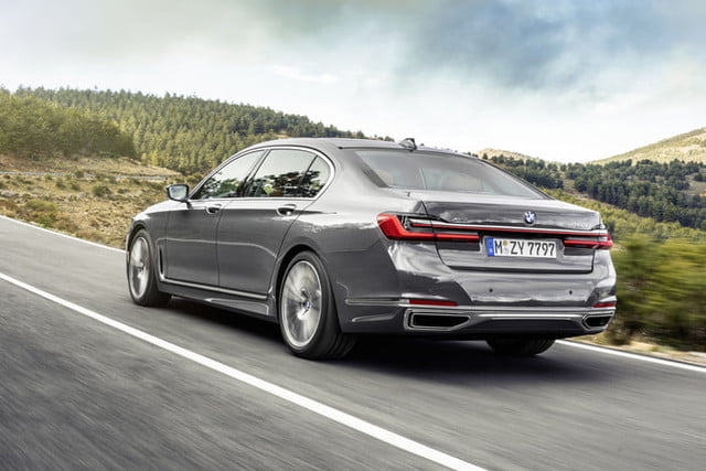 bmw serie 7 2020 official 4 700x467 c