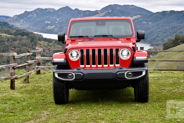 revision jeep gladiator 2020 26 800x534 c