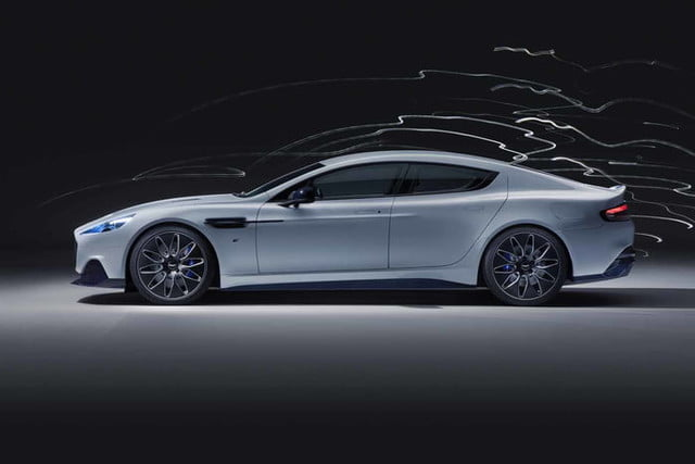 rapid e aston martin 007 rapide official 2 700x467 c