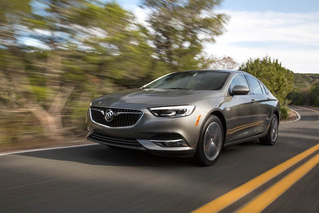 buick regal sportback 2018 3