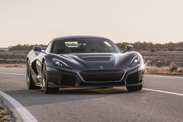 rimac concept two 1900 caballos c static front 03 1 720x480