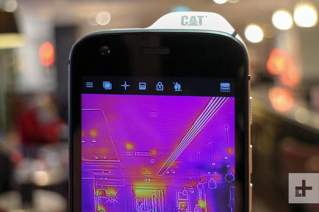 cat s61 android mwc infrared top 800x533 c