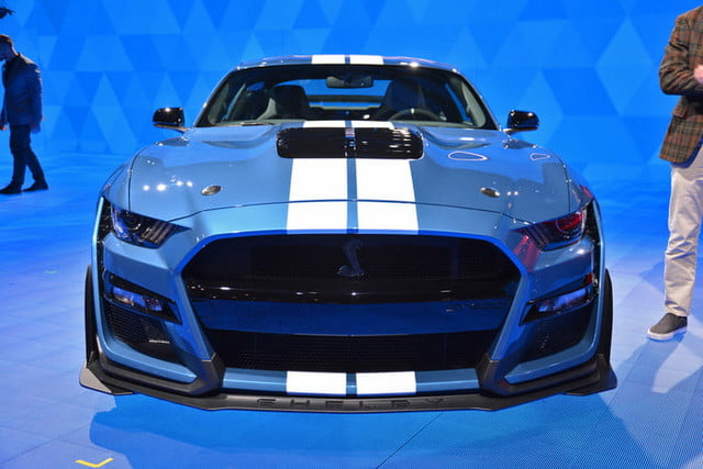 ford mustang shelby gt500 salon detroit dt 1 700x467 c