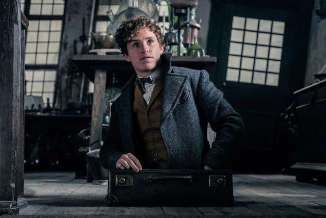 fantastic beasts harry potter 2 review 1 1200x800 c