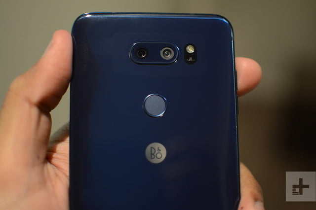 revision lg v30s thinq hands on review 4 800x533 c