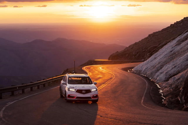acura pikes peak international hill climb 2019 nlp 6382 700x467 c