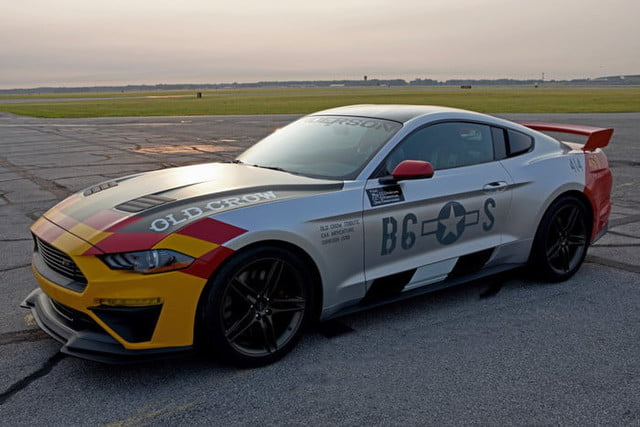 ford mustang p 51 old crow gt 4 700x467 c