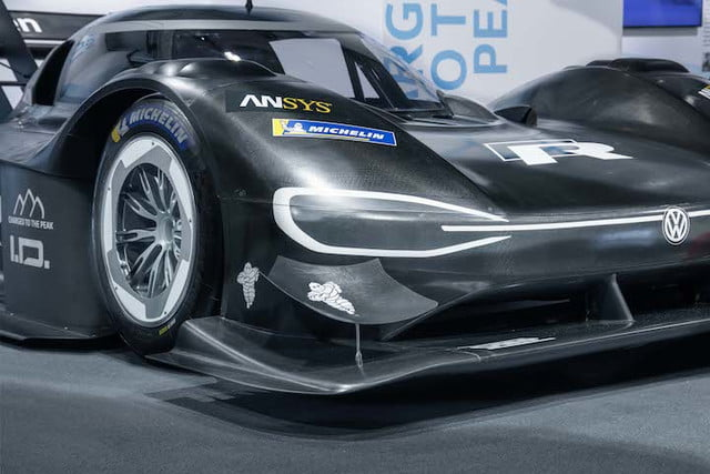 vw auto electrico pike peaks world premiere of the volkswagen i d  r pikes peak
