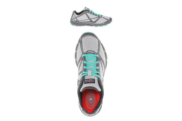 slip pair digitsoles shoes track steps heat feet digitsole trainers press image