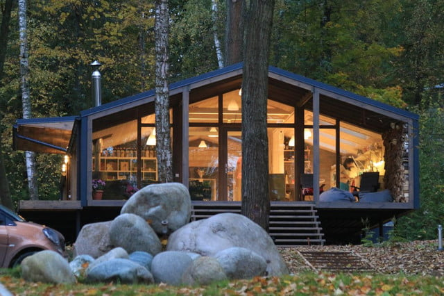 russian cabin built in just 10 days dubldom exterior 6