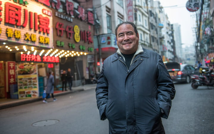 best shows on amazon prime eat the world with emeril lagasse