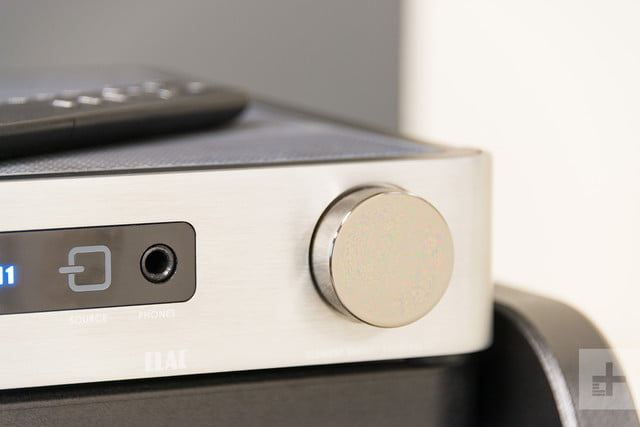 Elac Integrated Amplifier review knob