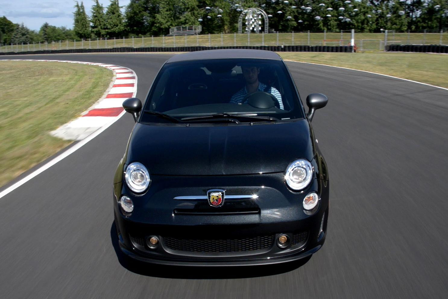 2013 fiat abarth cabrio review digital trends. Black Bedroom Furniture Sets. Home Design Ideas