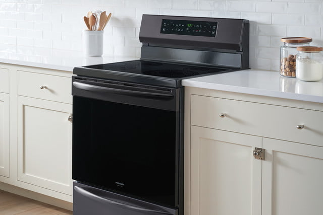cooking on the frigidaire gallery fgif3036tf induction range self cleaning oven 8