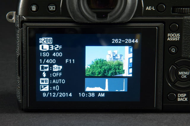 Fujifilm X-T1 camera rear LCD macro 2