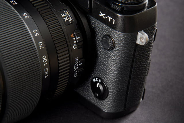 Fujifilm X-T1 camera top lens macro 2