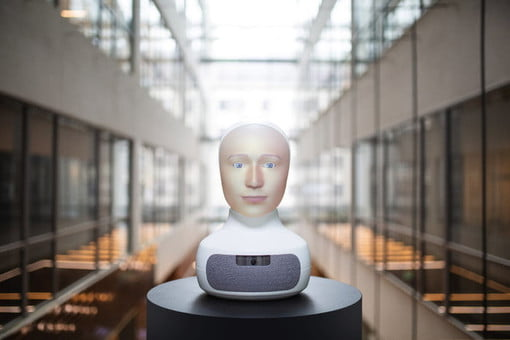 Meet the Nightmare Robot That Trains Employees by Acting Like an Awful Customer | Digital Trends