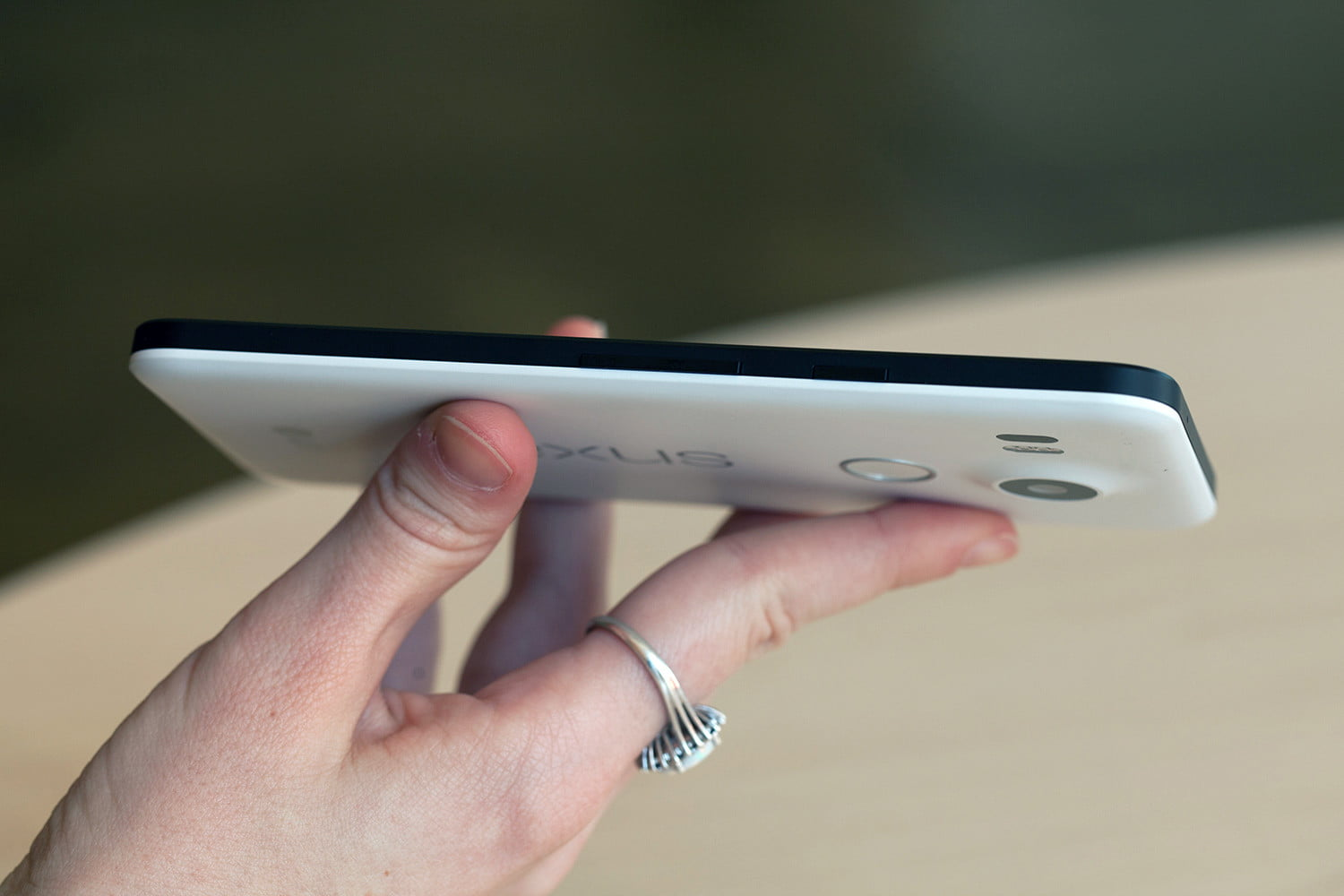 Nexus 5X Review | Bad battery life sinks the 5X