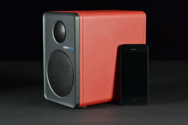 grace digital GDI BTSP207 Bluetooth speakers with iPhone