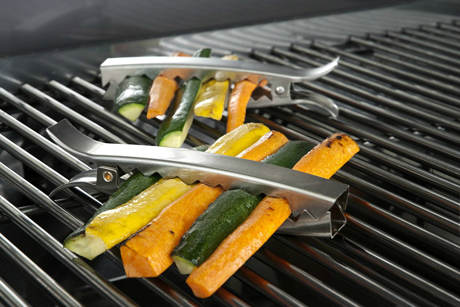 Charcoal Companion Stainless Grill Clips 11