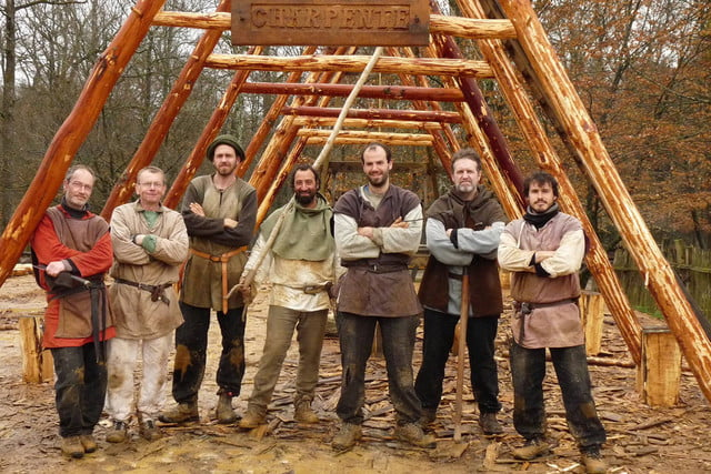 the guedelon castle is being built with 13th century techniques gu  delon 0074