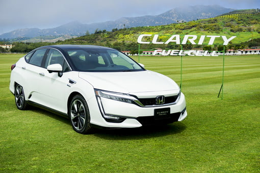 Hondas 2017 Clarity Fuel Cell Vehicle Is A Very Good Deal