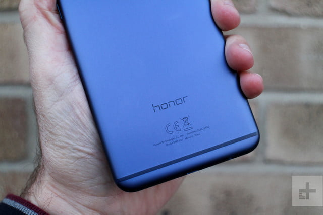 honor 7x review logo