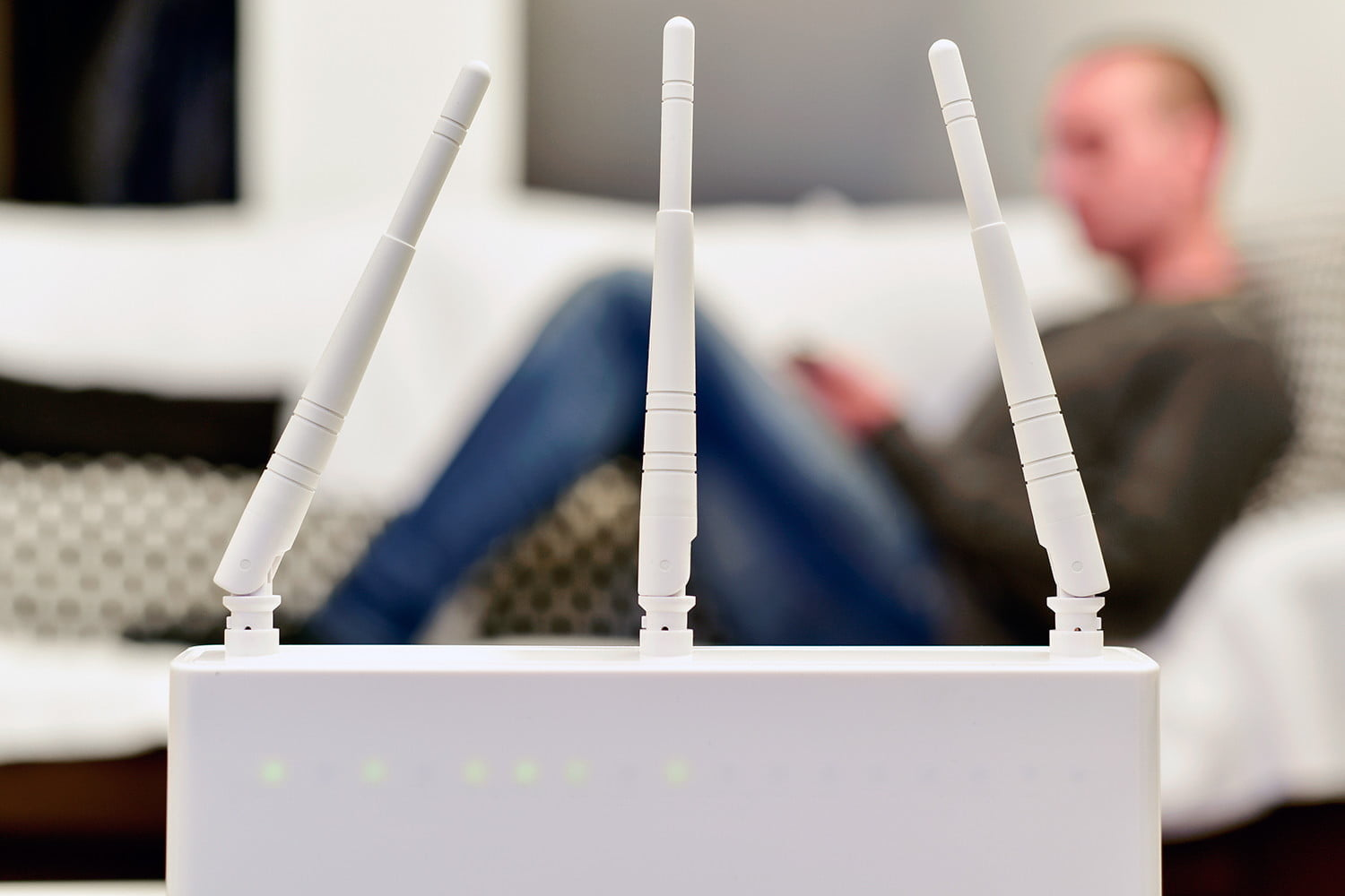 How to Extend Wi-Fi Range with Another Router: DIY Access