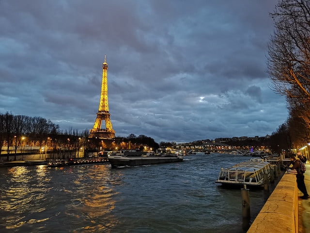 huawei p20 pro review sample photo eiffel tower