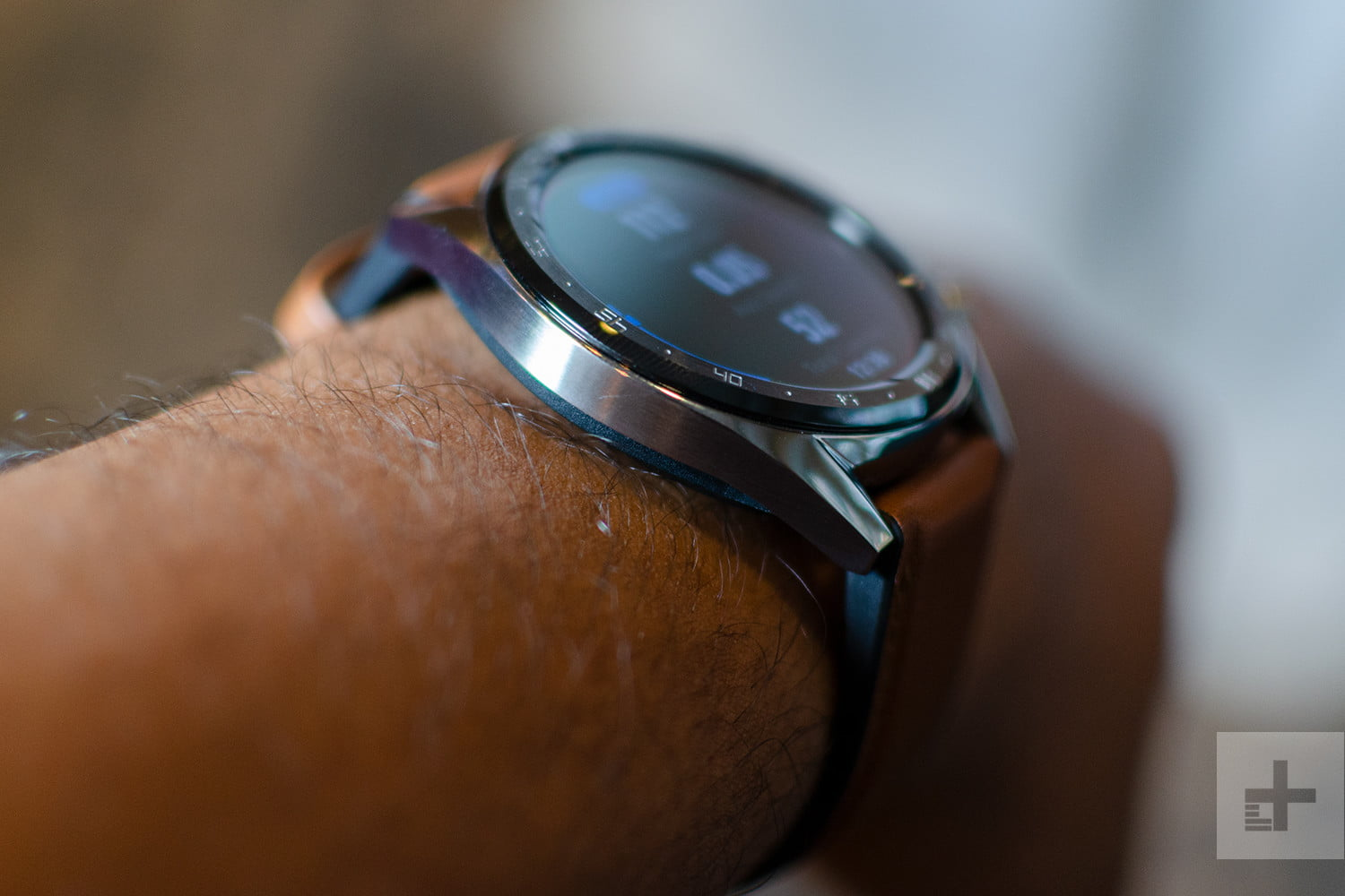 Huawei Watch Gt Hands On Review Digital Trends Smart Black Stainless Steel The Case Which Comes In Or Dlc Diamond Level Coating Is Only 106mm Thick So It Feels Like A Traditional