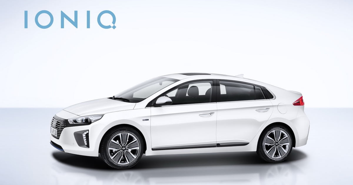 hyundai prices its ioniq hybrid and ev news specs pictures digital trends. Black Bedroom Furniture Sets. Home Design Ideas