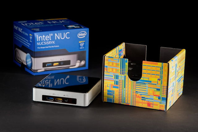 Intel NUC Core i5 NUCi5RYK mini PC review box open