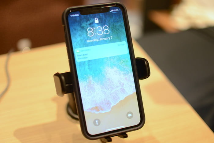 most interesting mobile accessories ces 2019 iottie auto sense mount