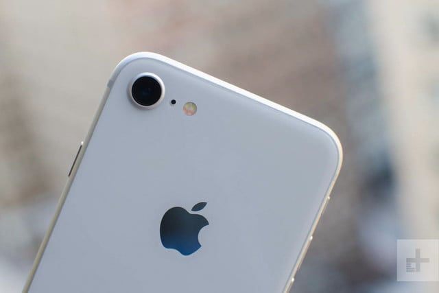 Apple iPhone 8 Review: The Gold Standard No More? | Digital Trends