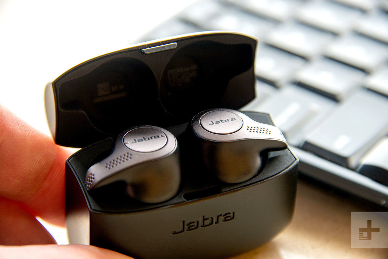 Don T Buy Those Apple Airpods You Really Want Jabra S Elite 65t F3news